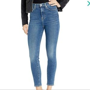 7 For All Mankind Skinny Jean. Size 26.
